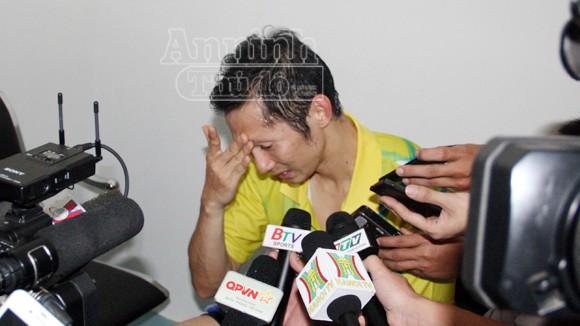 Tiến Minh khóc nức nở sau trận thua cay đắng ảnh 7