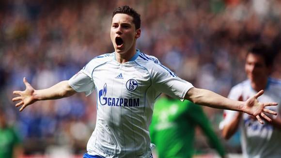 Arsenal muốn chiêu mộ thần đồng bóng đá Đức ngay lập tức ảnh 1