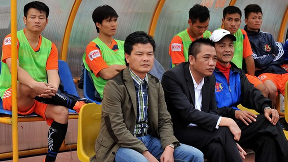 V.Ninh Bình xin nghỉ V-League, làng bóng Việt bất an ảnh 1