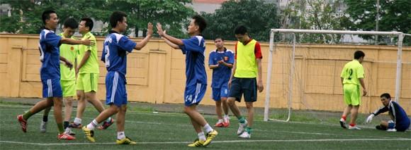 Hấp dẫn giải bóng đá Công đoàn CATP Hà Nội 2014 ảnh 2