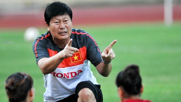 Trần Vân Phát, HLV tận tụy với bóng đá nữ Việt Nam ảnh 1