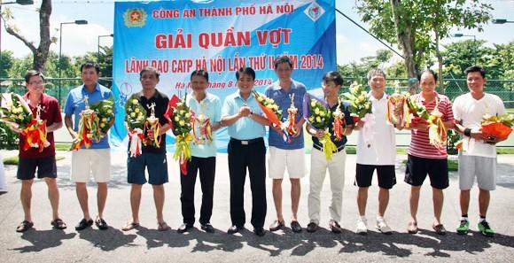 Dư âm đẹp giải Quần vợt Lãnh đạo CATP Hà Nội 2014 ảnh 4