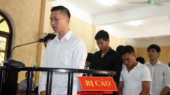 """Thủ môn Nguyễn Mạnh Dũng được giảm án vì """"tố cáo"""" vụ tiêu cực ảnh 1"""