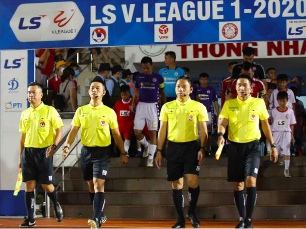 Trọng tài thi trượt đầu mùa có cơ hội trở lại bắt V-League 2020 ảnh 1