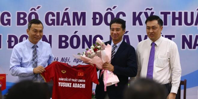 Tân Giám đốc kỹ thuật thích ăn phở, ấn tượng tình yêu bóng đá của người Việt ảnh 1