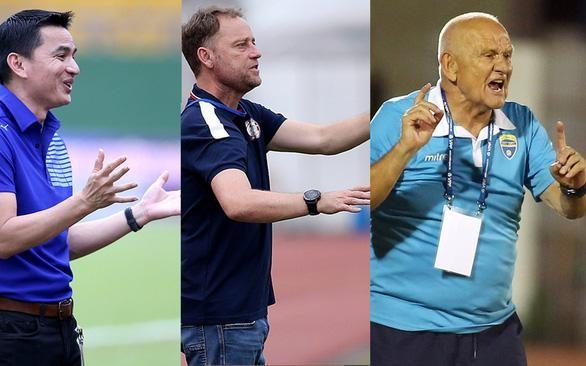 Ba thầy ngoại cùng ra mắt thất bại ở V-League 2021 ảnh 1