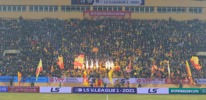 Nhiều điều khó tin xảy ra ở V-League 2021 ảnh 4