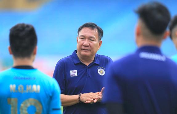 """Hà Nội FC """"nặng gánh"""" mục tiêu vô địch V-League 2021 ảnh 1"""