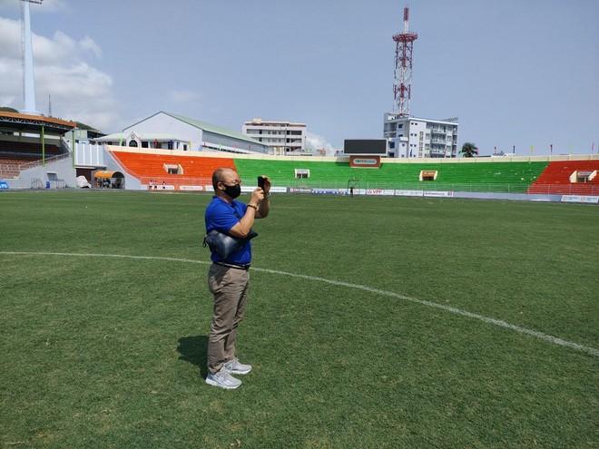 Tuyển Việt Nam hội quân tại Quy Nhơn, sang UAE bằng chuyên cơ ảnh 1