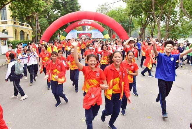 Sôi nổi Ngày chạy Olympic vì sức khoẻ toàn dân ảnh 2