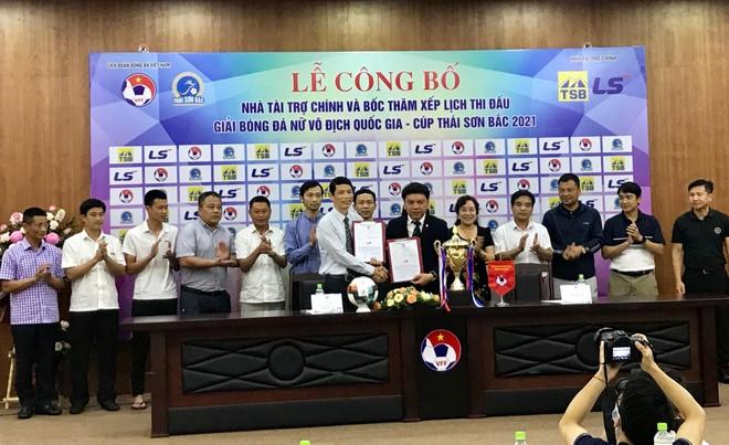 Thái Sơn Bắc năm thứ 10 tài trợ giải bóng đá nữ quốc gia ảnh 1