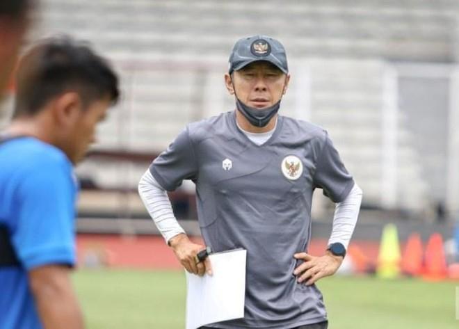 HLV Indonesia sợ học trò thiếu dinh dưỡng khi đấu tuyển Việt Nam ảnh 1