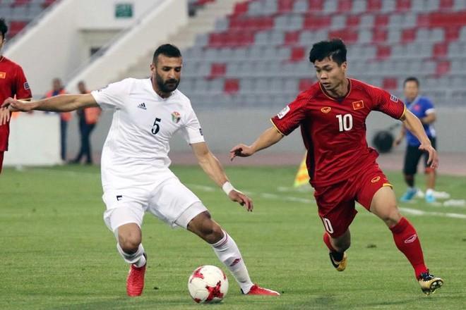 Tuyển Việt Nam sang UAE muộn nhất bảng ảnh 2