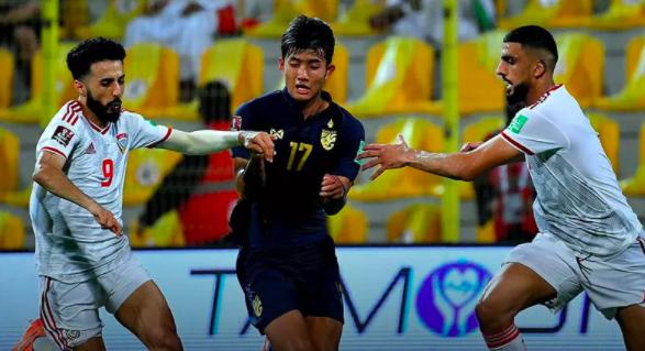 HLV Marwijk sợ học trò chủ quan, mất tập trung khi tái đấu tuyển Việt Nam ảnh 1