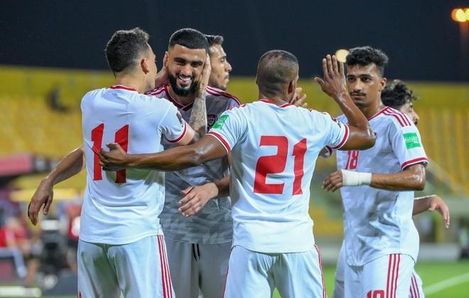 Tuyển Thái Lan vỡ mộng World Cup sau trận thua UAE ảnh 2