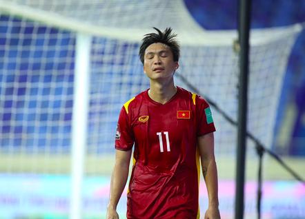 Tuấn Anh không kịp hồi phục để đấu Malaysia ảnh 1