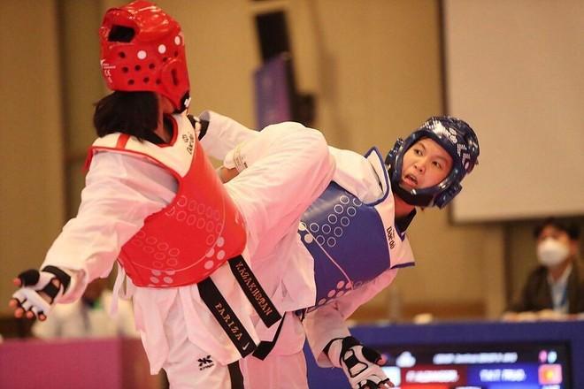 Nữ võ sỹ Việt xuất sắc vô địch giải Taekwondo châu Á ảnh 2