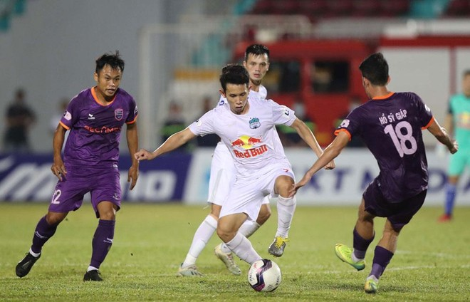 V-League 'mắc kẹt' giữa lịch dày đặc của đội tuyển ảnh 1