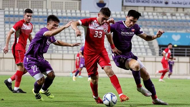 Tuyển Việt Nam sẽ trở lại UAE để đấu Trung Quốc ảnh 1