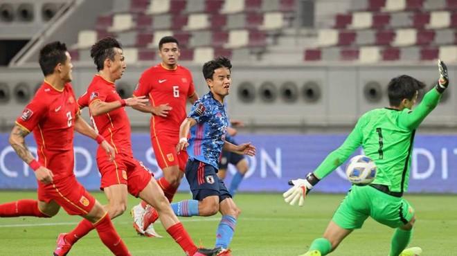 Tuyển Trung Quốc 'chôn chân' dưới đáy bảng đấu của ĐT Việt Nam ảnh 1