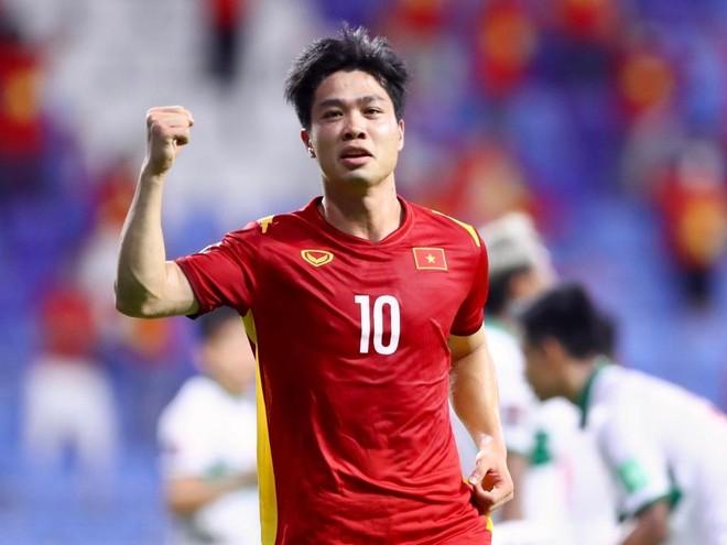 """Sina Sport: """"Công Phượng là quân bài tẩy của HLV Park Hang-seo"""" ảnh 1"""