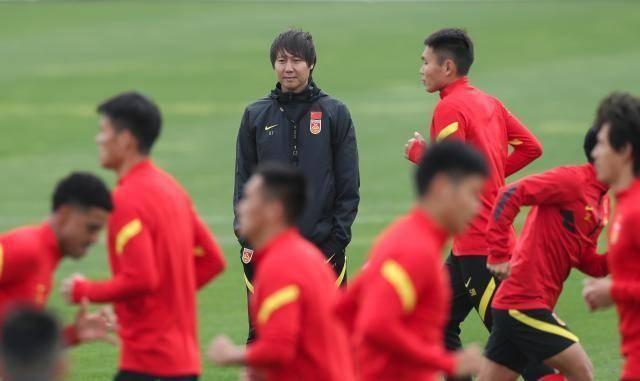 Trung Quốc muốn đấu tuyển Việt Nam lúc 0h ngày 8-10 ảnh 1