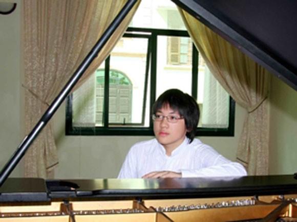 Lưu Hồng Quang lưu diễn tại Nhật Bản ảnh 1