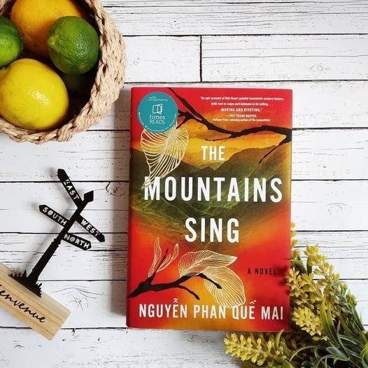 """""""Những ngọn núi ngân vang"""" của Nguyễn Phan Quế Mai xuất bản tại Anh ảnh 2"""