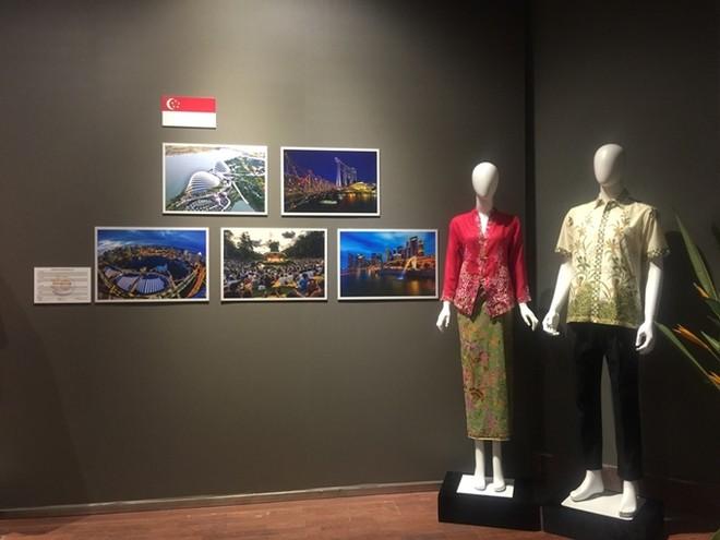 Chiêm ngưỡng trang phục truyền thống các nước ASEAN ảnh 9