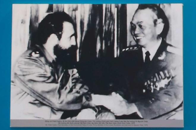"""100 hiện vật, tài liệu thể hiện mối quan hệ """"Việt Nam-Cuba nghĩa tình son sắt"""" ảnh 2"""