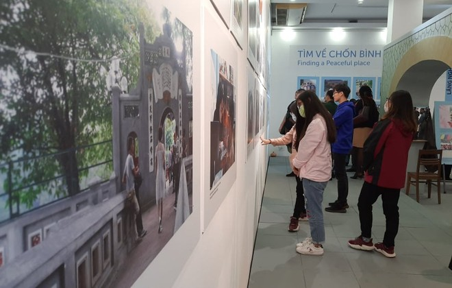 """""""24 giờ trên phố"""" - triển lãm phản ánh câu chuyện mưu sinh của trẻ em đường phố ảnh 3"""