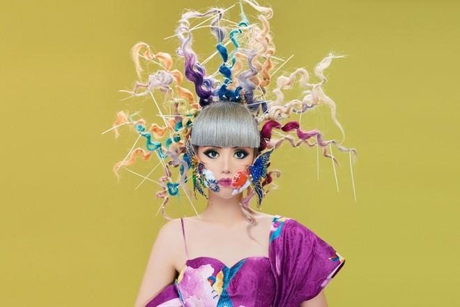 Siêu mẫu Jessica Minh Anh đại diện cho Việt Nam tham gia chiến dịch đeo khẩu trang Maskbook ảnh 4