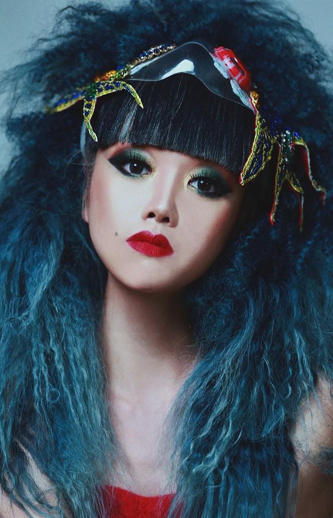 Siêu mẫu Jessica Minh Anh đại diện cho Việt Nam tham gia chiến dịch đeo khẩu trang Maskbook ảnh 3
