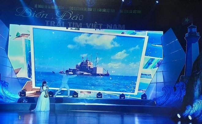 """Cầu truyền hình """"Biển, đảo - Trái tim Việt Nam"""": Khơi dậy lòng tự hào dân tộc trong mỗi người con đất Việt ảnh 2"""