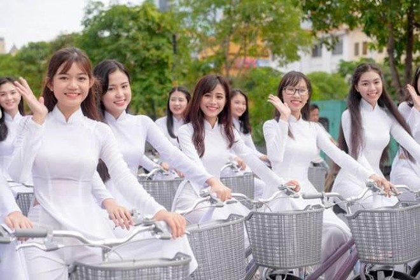 Phát động phụ nữ cả nước mặc áo dài ảnh 1