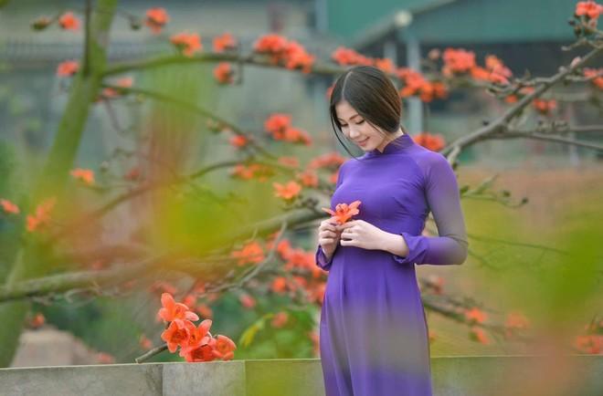 """Facebook, Zalo """"sáng rực"""" hình ảnh áo dài Việt Nam ảnh 2"""