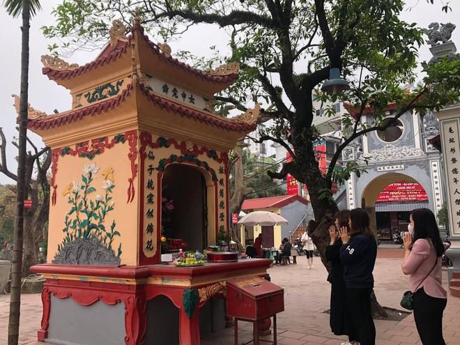 Chiều ngày 8-3, đồng loạt các di tích của Hà Nội mở cửa trở lại ảnh 2