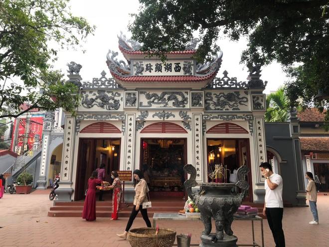 Chiều ngày 8-3, đồng loạt các di tích của Hà Nội mở cửa trở lại ảnh 1