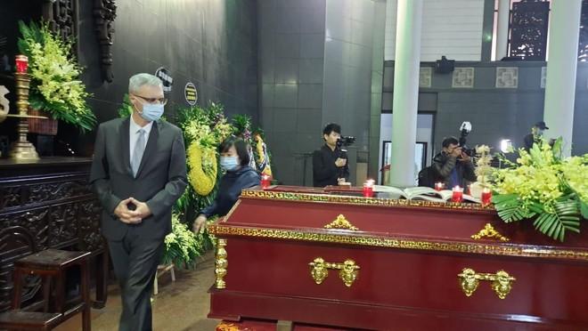 Nhà văn Nguyễn Huy Thiệp, người trầm lặng giữa đám đông ảnh 3