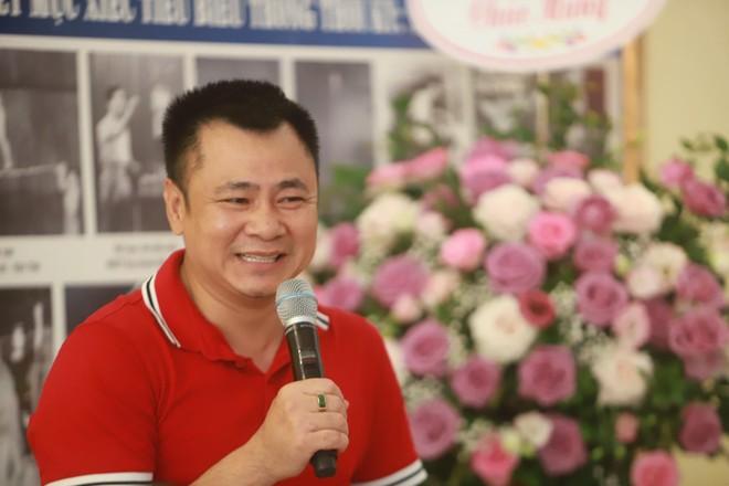 NSND Tự Long hát chầu Văn trong vở diễn về Mẫu Liễu Hạnh ảnh 2