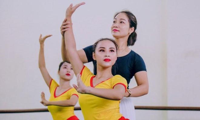 """Bộ Giáo dục và Đào tạo """"gỡ khó"""" vụ học sinh Học viện Múa Việt Nam không có Bằng tốt nghiệp ảnh 1"""