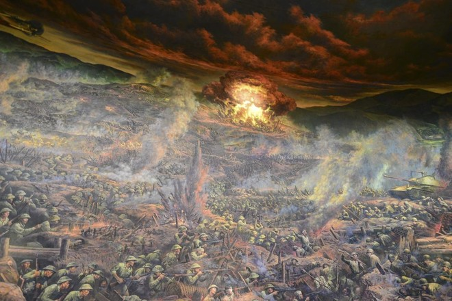 Bức tranh khổng lồ tái hiện chiến thắng lịch sử Điện Biên Phủ ảnh 2