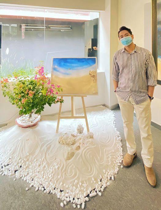"""Sau """"Vùng mơ"""", Hứa Vĩ Văn vẽ tranh gây quỹ ủng hộ chiến sĩ biên giới chống dịch ảnh 2"""