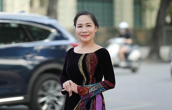 """NSND Thuý Mùi kêu gọi giới nghệ sỹ sân khấu đóng góp ủng hộ """"tâm dịch"""" Kinh Bắc ảnh 2"""