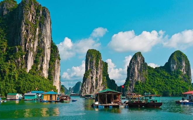 Vịnh Hạ Long, Yên Tử miễn 100% vé tham quan đến hết năm 2021 ảnh 1