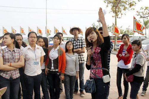 Hướng dẫn viên du lịch bị mất việc làm trong đại dịch: Bộ Văn hóa đề nghị hỗ trợ 1.800.000 đồng/tháng ảnh 1
