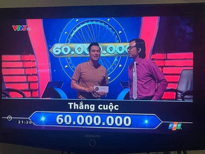 """Diễn viên Việt Anh ủng hộ toàn bộ số tiền thưởng """"Ai là triệu phú"""" cho Quỹ Vaccine Covid-19 ảnh 2"""