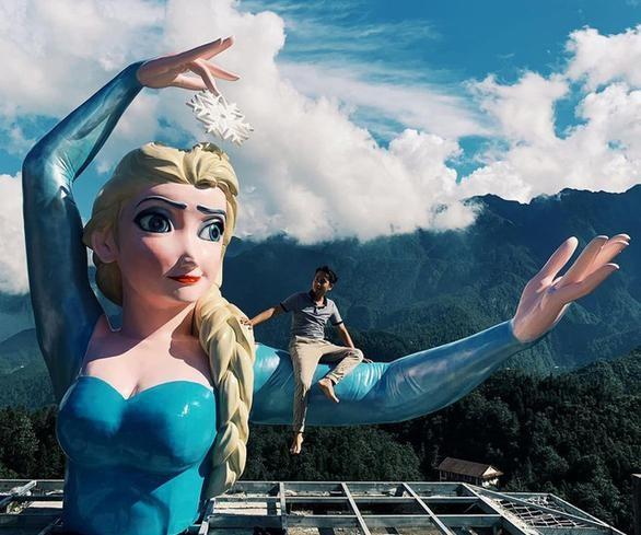 """Tâm thư của tác giả bức tượng Elsa """"phiên bản biến dạng"""" ảnh 1"""