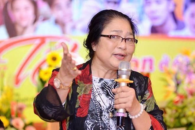 Chia sẻ của nghệ sĩ Lê Mai, Kim Xuyến lần đầu tiên được xét tặng Nghệ sĩ ưu tú ảnh 2