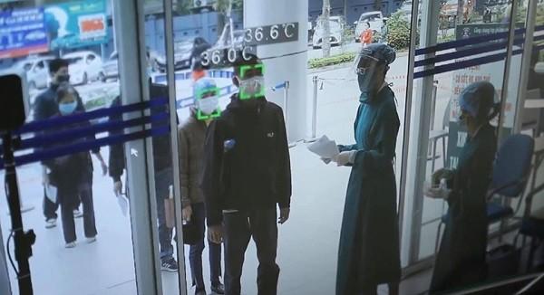 Các bệnh viện ở Hà Nội siết chặt kiểm soát, phòng chống dịch Covid-19 ra sao? ảnh 1
